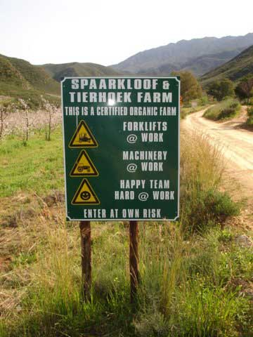 12-Tierhoek-Farm-sign