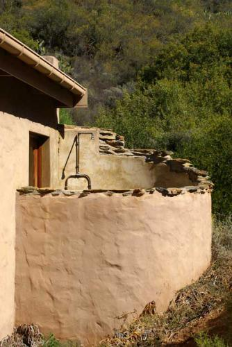 16-Stone-Cottage-shower