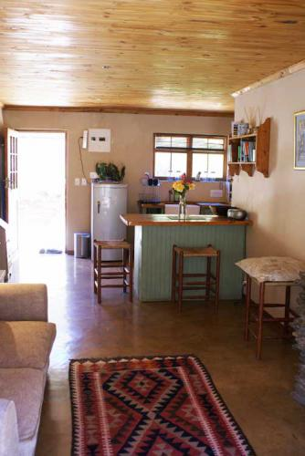 5-Stone-Cottage-kitchen