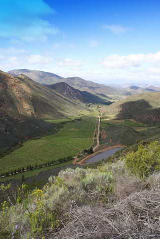 07-Looking-down-Tierhoek-Valley